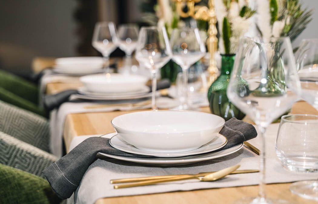 Thuis restaurant? Maak het diner onvergetelijk met tafeldecoratie!